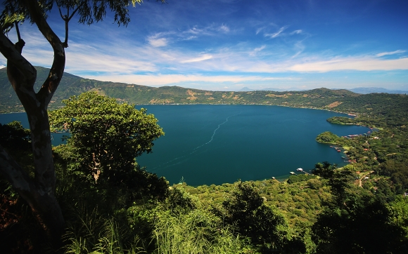Coatepeque lake, El Salvador.